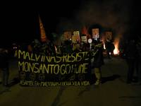 CORTE DE RUTA MALVINAS ARGENTINAS 15 DE MAYO 2013, NO A MONSANTO!!!!!!