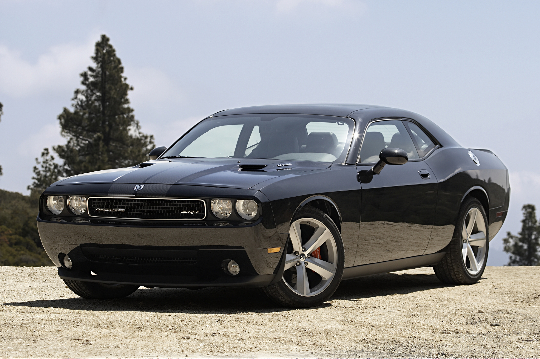 dodge challenger srt 8 2013 autos y motos taringa. Black Bedroom Furniture Sets. Home Design Ideas